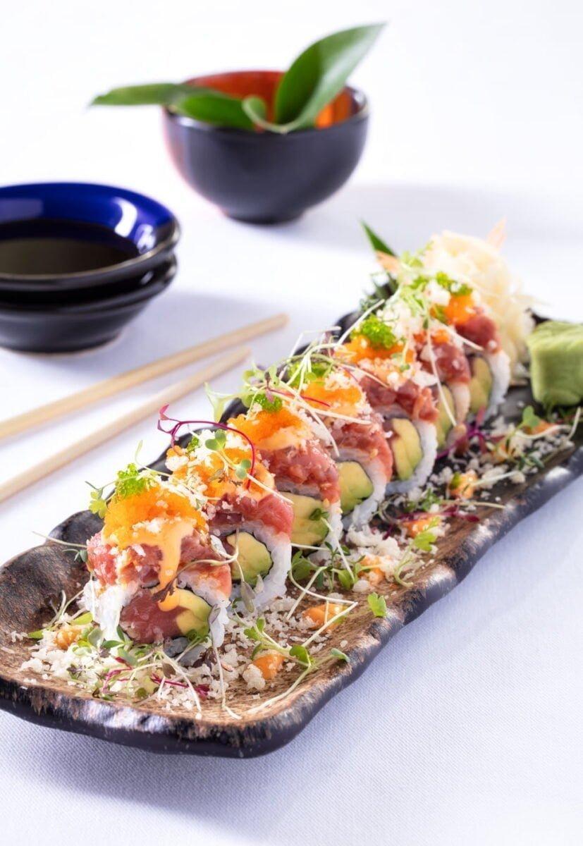 Bu görsel boş bir alt niteliğe sahip; dosya adı Sunset-Grill-Bar-Sushi-827x1200.jpg