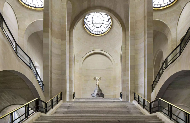 Bu görsel boş bir alt niteliğe sahip; dosya adı Louvre_01-1240x806.jpg