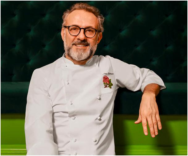 Dünyanın en iyi şeflerinden biri olan 58 yaşındaki İtalyan şef, 2016'da Osteria Francescana ile Dünya'nın En İyi 50 Restoranı listesinde ilk sıranın sahibi olmuştu.