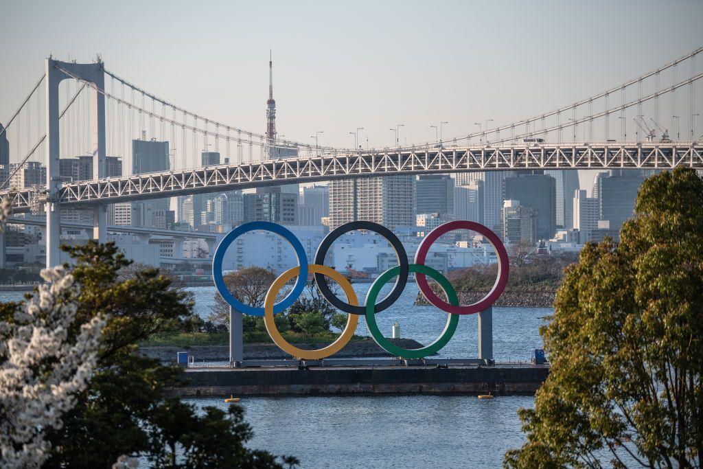 Bu görsel boş bir alt niteliğe sahip; dosya adı the-tokyo-2020-olympic-rings-are-displayed-on-march-25-2020-news-photo-1616678075..jpeg